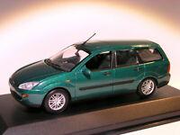 Ford Focus break / tourer / clipper / kombi   au 1/43 de MINICHAMPS