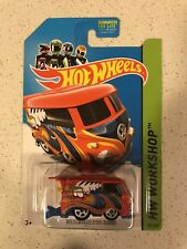 Hot Wheels HW Showroom 2014 VW Volkswagen Kool Kombi Red Variation 201/250