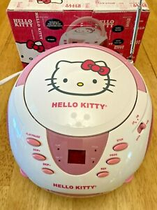 NEW OPEN BOX 2014 White Pink HELLO KITTY CD Player BOOMBOX Stereo AM FM Radio