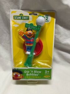 Sesame Street Dip N Blow Bubbles Ernie 2014 Ages 3+ NIP