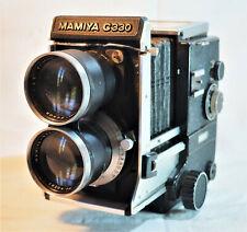 ancien appareil photo argentique professionnel mamiya C330