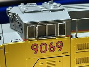 Athearn  ATHG89644 HO SD70ACe DCC Ready, Union Pacific UP #9069 *Missing Shade*