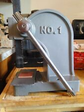 New Model Leather 2000 pound stamp press, plate, press pad for Tandy 3-D craft