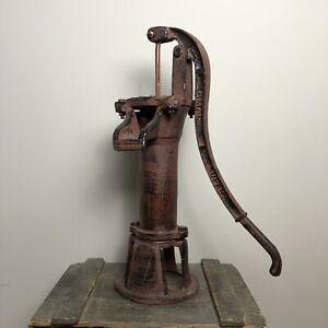Cast Iron Vintage Style Garden Water Pump - Ornamental Garden Feature - Brown