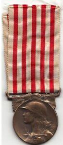 France Médaille Décoration en Bronze GRANDE GUERRE 1914-1918