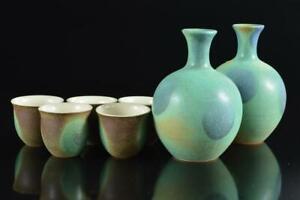 #6004: Japanese Kiyomizu-ware Green glaze SAKE BOTTLE & CUP/Tokkuri Sakazuki