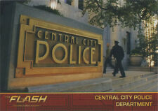 Flash Season 1 Locations Gold Logo Parallel Chase Card #L3 Central City PD