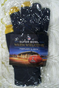 New Super Bowl 48 XLVIII Collectors Gloves Warm Welcome Package New Girl Fox