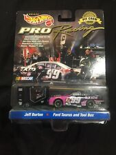 Hot Wheels Pro Racing 1998 Jeff Burton Exide Pit crew set 1/64