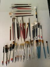 ARTISTS DREAM! LOT of 46 Assorted Artist Painting Paint Brushes 39 NEW & 7 USED