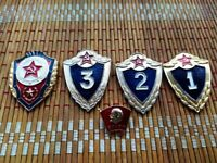 Vintage Set Badges,Pin,Soldier of the USSR,Red Army,Communism,Soviet Icon,Sign