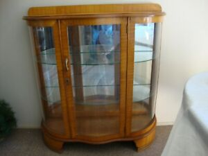 Vintage Bow Front China Cabinet,  VG Condition
