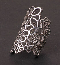 ROMANTIC SILVER TONE FLORAL EMBROIDERY-INSPIRED EXOTIC METAL RING (CL24)