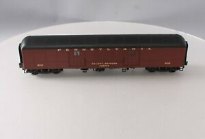 Weaver B60B PRR O Gauge Baggage/Mail Car #9018 [3Rail]