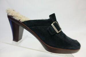 UGG AUSTRALIA Isabella Black Sz 8.5 M Women Leather Clogs