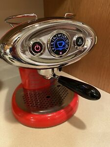 ILLY FRANCIS FRANCIS IPERESPRESSO X7.1 Red • $25 Ceramic Espresso Set Included!