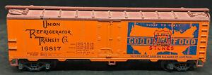 TRAIN MINIATURES HO: Union Refrigerator Transit Co. #16817 IGA BILLBOARD REEFER
