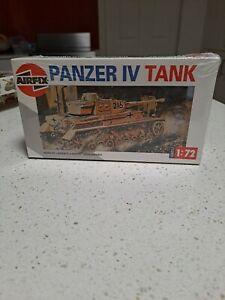 Model War German Panzer IV Tank Series Two