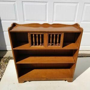 Ethan Allen Heirloom Sliding Door Bookcase 10-9512 Maple