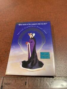 Disney Special Sculpture Event 1997 Maleficent Queen Snow White Pinback Button