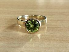 14 Karat Gelbgold Ring mit Peridot 56