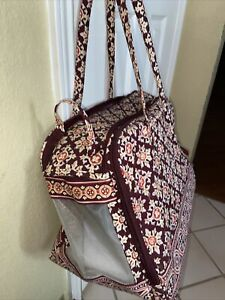 Vera Bradley Medallion Burgundy pet carrier bag Pockets quilted red Small dog L