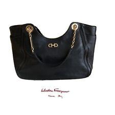 Original Salvatore Ferragamo Leder Tasche In Schwarz. Iconic Classic. Luxus Pur!