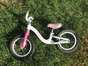 """Specialized Hotwalk Strider Kids Balance Bike 12"""" Wheels Red No Pedals"""