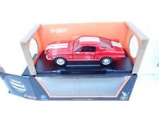 Shelby GT-500KR 1968 1:18 Road Signature 92168 Red / White New In Box