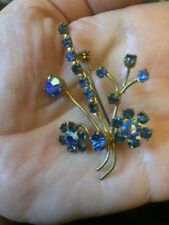 Vintage wire-work Pin brooch. Blue AB Rhinestone / Diamanté Flower design 1950s