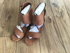 KidPik Girls Nomad Faux Suede Open Toe Ankle Strap Block Heel Shoe Size 2M NWOB