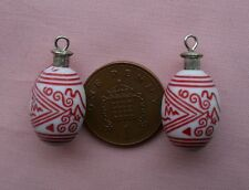A PAIR OF DOLLS HOUSE HANDMADE ORIENTAL FLASKS/WATER BOTTLES ORNAMENTS