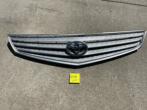 2002-2003 Toyota Solara OEM Front Grille Assembly   #540
