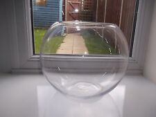 Lovely Vintage Large Round Table Center Piece Glass Bowl