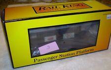 MTH O Scale Gauge Passenger Station Platform 30-9006  in BOX