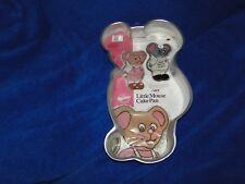 New Vintage Wilton Little Mouse Cake Pan  2105-2380 with instruction booklet
