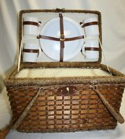 Picnic Basket With set of 4 Dishes and Built In Cooler
