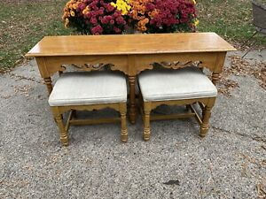 Ethan Allen Sofa/Console/Entry Table #28-9403  Canterbury Oak 2 Matching Stools