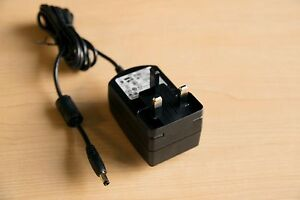 Plugable replacement power adapter UK version UD-3900 UD-5900 UD-3000 UD-PRO8
