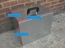 Small Pet feed Storage, Galvanised Steel Dog food Cat feed Kennel bin  (1sp)
