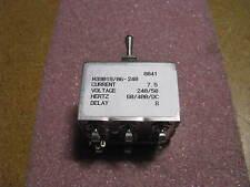 AIRPAX CIRCUIT BREAKER # M39019/06-240  NSN: 5925-01-070-6605