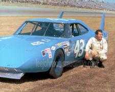 8x10  of Richard Petty Plymouth Superbird Daytona 500 in 1970 - Free Shipping