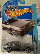 Hot Wheels '81 DeLorean DMC-12 HW City