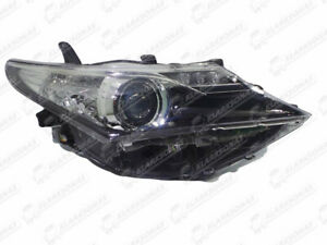 Headlight Front Lamp Right 8113002E20 For TOYOTA AURIS 2012-