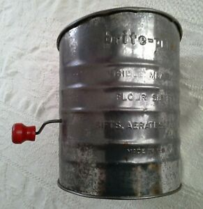 Vintage Brite-Pride w/Red Handle Flour Sifter 5 Cup, Mid Century Decor ~ USA