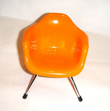 Barbie/Ken Doll Sized Furniture For Dolls Orange Chair New dc000