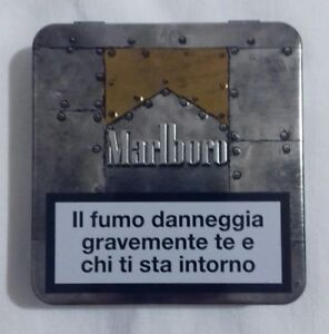 Marlboro - Scatola in metallo edizione limitata (dimensioni 8.5×8.5×1,5 cm)