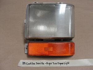88 Cadillac Deville RIGHT PASSENGER SIDE TURN SIGNAL CORNER MARKER LIGHT LENS