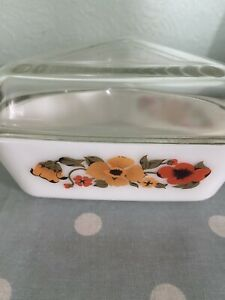 Vintage 70s Pyrex Ingrid Poppy Triangle Glass Small Serving Oven Dish & Lid