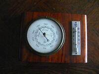 rarität über 70 Jahre alter runder Barometer mit Thermometer  Fa. Förster  Holz